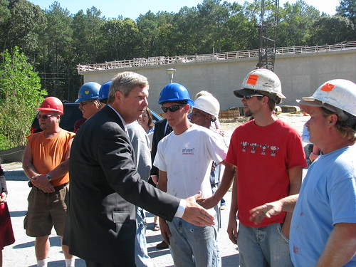 Secretary Vilsack meets with construction workers at the Berlin plant site.  The American Recovery and Reinvestment Act is providing construction jobs across the nation.