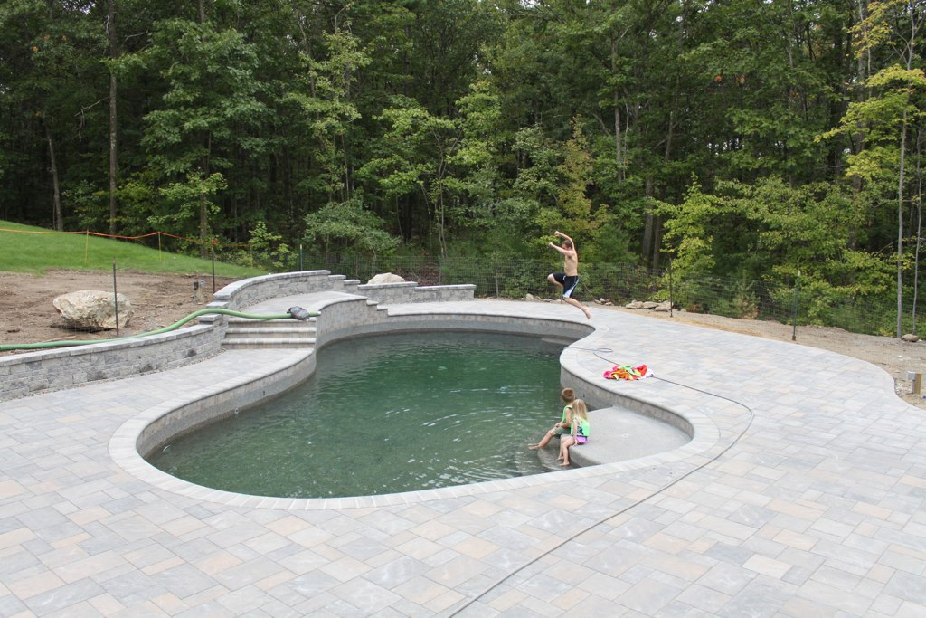 Southern Nh Pool Build