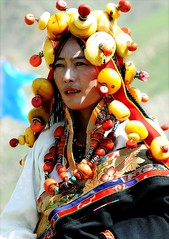 873416852734875627 (BetterWorld2010) Tags: tibetans coral festival gold amber necklace beads costume treasure dress jewelry tibet ring celebration bracelet amdo kham sichuan traditionalcostume 2009 litang headdress robes yushu  tibetanwoman    khampa golok lithang tibetangirl tribalcostume tibetanfestival  tibetanwomen