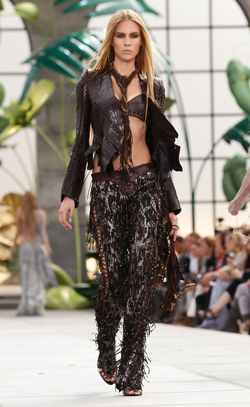 Roberto+Cavalli+Milan+Fashion+Week+Womenswear+JFQdL2PEG4Hl