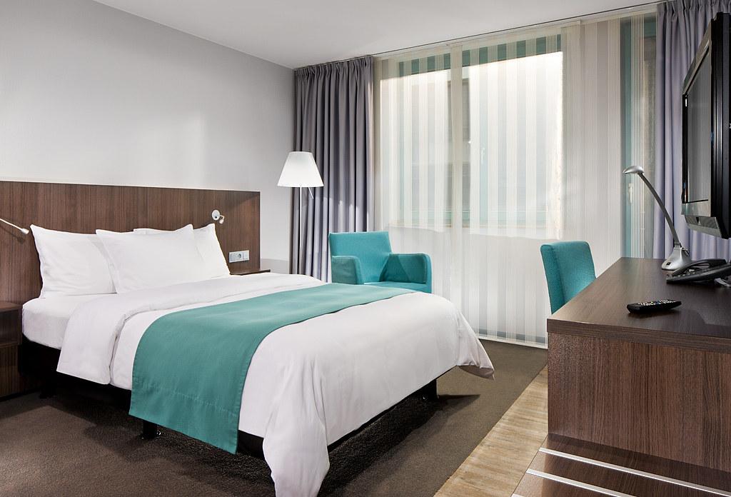 Standardzimmer, Mercure Hotel Duesseldorf Hafen