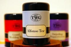 twg_10 (atsukoinn) Tags: wedding red purple tea sister weddinggift paleblue twg darjeelingtea paperboxteahappy grandweddingtea alfonsotea