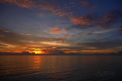 Pirate Sunset - Gulf of Aden Dawn (S@ilor) Tags: ocean africa sunset golf dawn indian indianocean pirate piracy waters horn aden mignon hornofafrica mywinners silor sunsetdawn piratewatch golfofaden magicalskies piratesunsetgulfofadendawn adendawn adensunset pitatesunset piratedawn