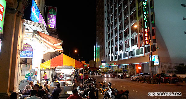 Lots of roadside stalls sprouted at night when I got back to my hotel area
