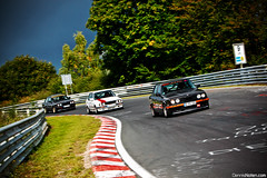 eThirties. (Denniske) Tags: green canon germany deutschland eos is hell eiffel eifel september bmw l trio dennis 325i 325 f28 ef e30 2010 70200mm tf nordschleife x3 nrburgring noten holle 500d nrburg 3x grune touristenfahrten denniske dennisnotencom fpn325 lbox325 spy150