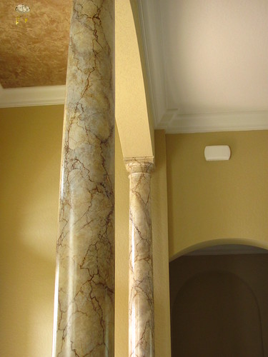 Faux finishing columns