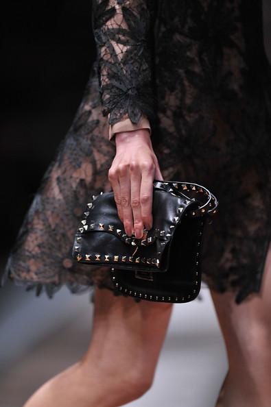 Valentino+Runway+Paris+Fashion+Week+Spring+9h8dvU_X2h4l