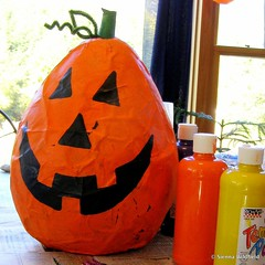 Click on image to learn how to make a Halloween Paper-Maché Piñata