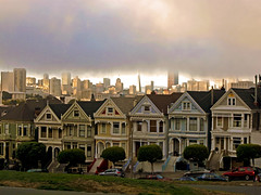 Painted Ladies in the Fog. (Fung Suong Ou) Tags: sanfrancisco california fog victorian paintedladies alamosquare gxr