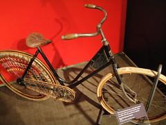 1896 Waverly (turbojams) Tags: bike bicycle museum longmont exhibit 150 bicycles years gears waverly 1896