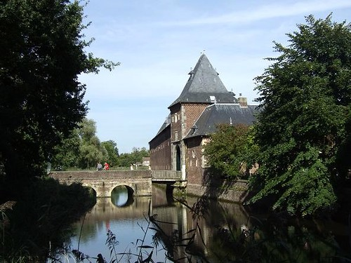 bridge leading towards the Castle