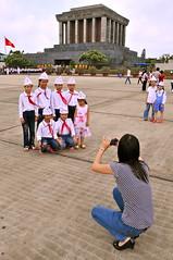 Vietnam, hanoi, le mausolée d'Ho Chi Minh le liberateur du pays (michelrenaudeau) Tags: asia country vietnam mausoleum asie hanoi pays hochiminh mausolée mausolee hôchiminh