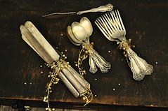 Vintage WM Rogers Arbutus Pattern Silverware (Joie De Cleve) Tags: silver silverware arbutus knives etsy forks spoons flatware shabbychic holidaydinner wmrogers silverplate antiquesilverware joiedecleve