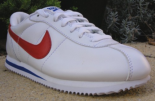 cheap for discount 8b7c0 c0d24 sneakers trainers ike cortez. nike cortez