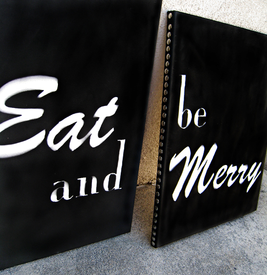 eat and be merry canvases+DIY art+spray painted canvases+word art