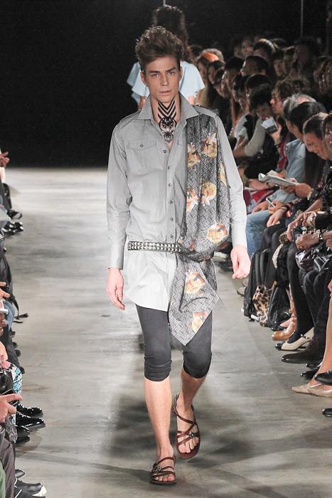 Ran 3010_SS11_Tokyo_GUT'S DYNAMITE CABARETS(Fashionsnap)
