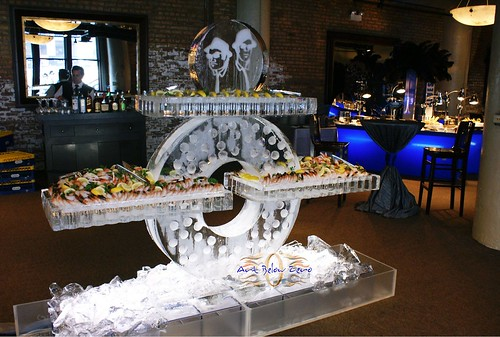 Cycle Seafood Table Chicago theme ice sculpture