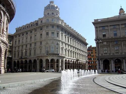 Piazza de Ferrari[5]