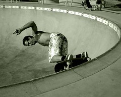Adam Paul Venice Skatepark Session (RTru62) Tags: venice skateboarding independent zephyr skateboard dogtown zboys santamonicaairlines adampaul veniceoriginals