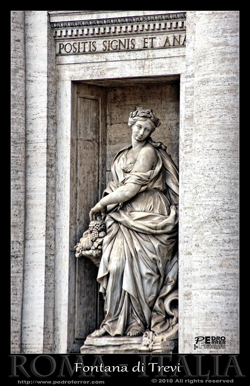 Roma - Fontana di Trevi - Abundancia