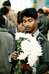 IMG_1364 (asadjaved) Tags: new india flower place market circus delhi mandi rajiv connaught chowk phool