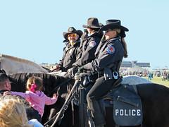 Mounted Police (MarkusR.) Tags: vacation horses people usa newmexico uniform urlaub police albuquerque menschen reiter balloonfiesta rider pferde officer mountedpolice markusrieder mrieder usa2010 20101009usa094