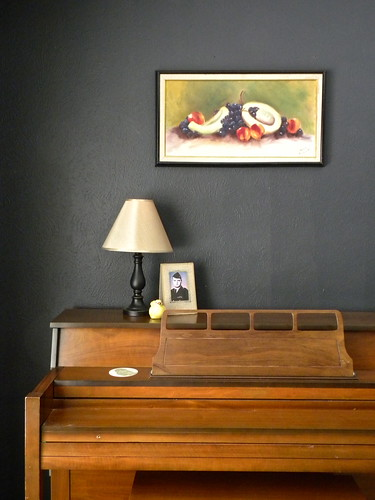 Piano and Orma's Painting