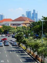 Jalan Prof. Dr. Mustopo (Detta Priyandika) Tags: surabaya suroboyo street skyscrapers skyline jalan raya pedestrian jalur sidewalk