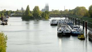 Köln, an der Hafenstraße (4)