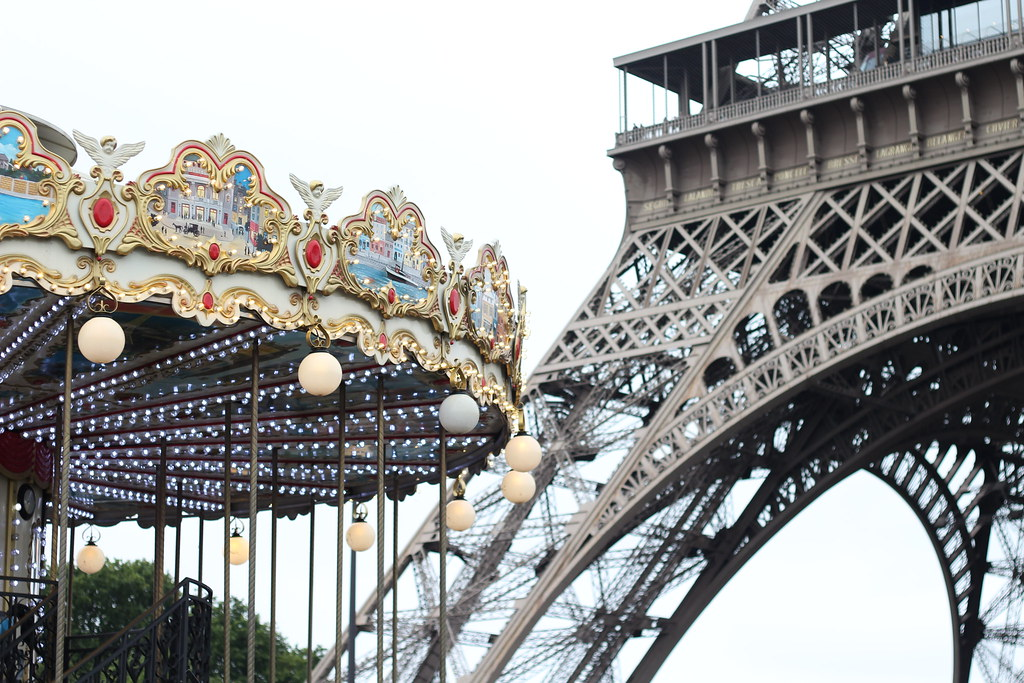 The world 39 s best photos of france and merrygoround for Eiffel restaurant berlin