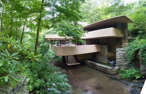 Fallingwater front by Frank Lloyd Wright (pano 2)