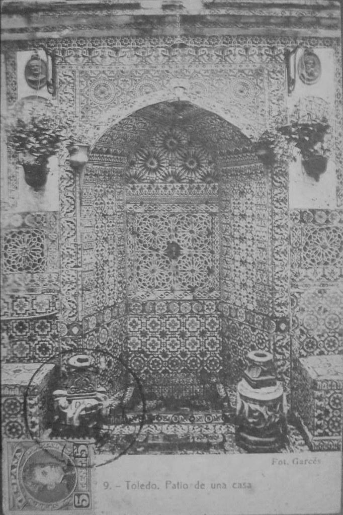 Patio toledano hacia 1909. Foto Garcés
