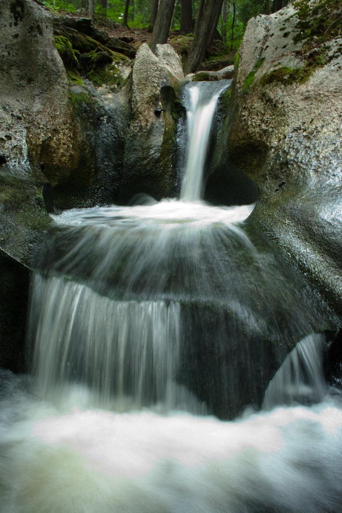 Le bain du Parc du Pont-de-pierre
