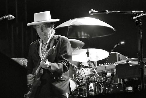 Bob Dylan (photo by Shawn Robbins)