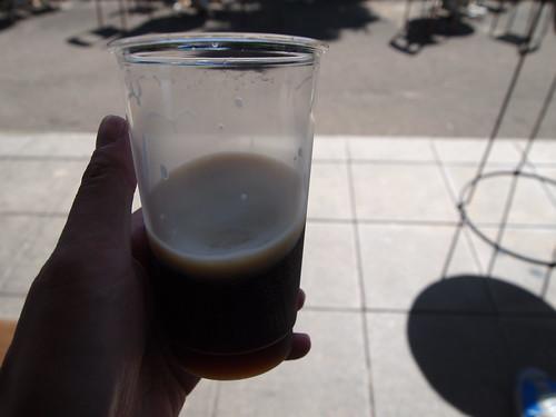 松江堀川地ビール館で黒ビール