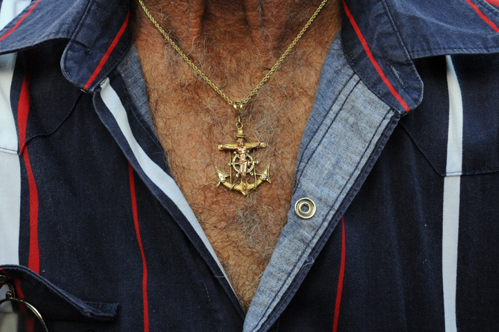 jesus anchor necklace_5864 web