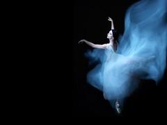 [フリー画像] 人物, 女性, 踊る・ダンス, バレエ・バレリーナ, 201109231300