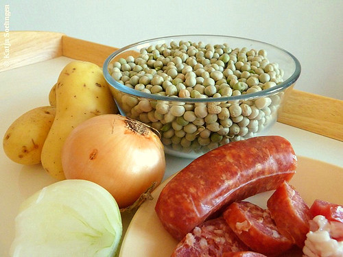 The Main Ingredients for Mum's Pea Soup