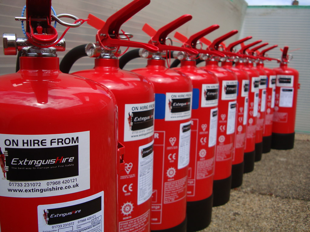 Dry powder fire extinguishers for hire