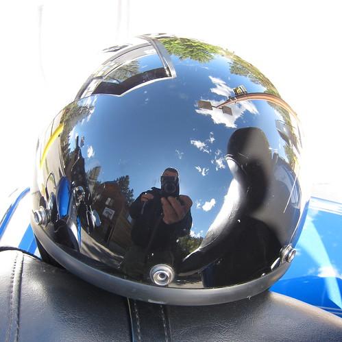 Reflets dans le casque