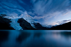 Berg Lake Twilight (Jeff Pang) Tags: mountain lake canada reflection ice night clouds twilight purple glacier berglake onearthnrdc britishcolumbiaus