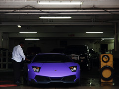 LP670 SV (Philipp Lcke) Tags: uk blue money london mercedes dubai vinyl violet wrap olympus lila arabic arab e3 tuning lamborghini luxury sv spotting matte brabus maybach carspotting eor 57s quatar lp640 murcielage superveloce exoticsonroad lp670 exoticcarspotting