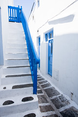 "Mykonos Stairs • <a style=""font-size:0.8em;"" href=""http://www.flickr.com/photos/54083256@N04/5003249639/"" target=""_blank"">View on Flickr</a>"