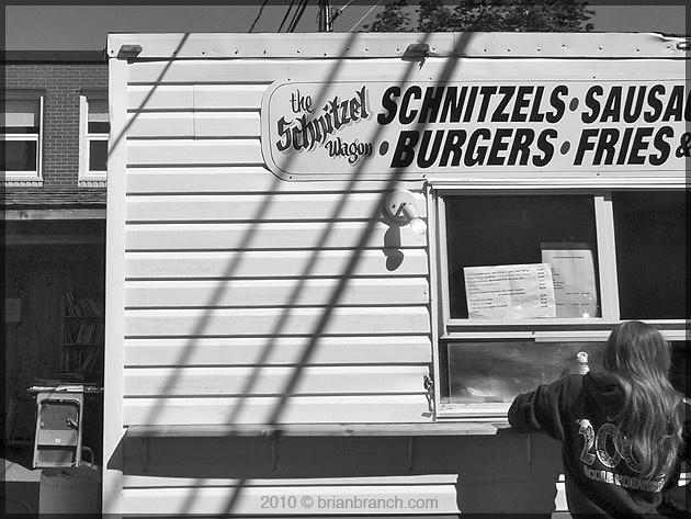 P1110992_the_schnitzel_Wagon