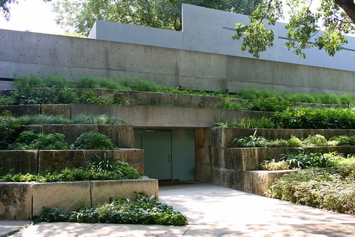 Garden on Turtle Creek house