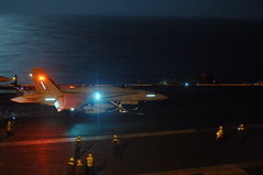 Night Flight Ops (US Navy) Tags: night aircraft aviation military jet militar usnavy flightdeck buque marinero aviacin unitedstatesnavy ussharrystruman