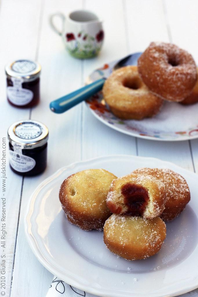 Ricetta Krapfen Da Spiaggia.Doughnuts E Krapfen Un Estate Fa Juls Kitchen