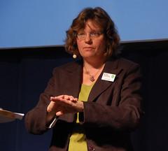 Katarina Kuick, en av författarna bakom boken Skriv om och om igen