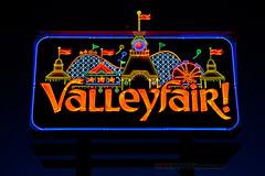 neon Valleyfair! (ezeiza) Tags: park minnesota sign night amusement neon entrance fair valley cedar animation theme amusementpark animated mn themepark valleyfair shakopee cedarfair