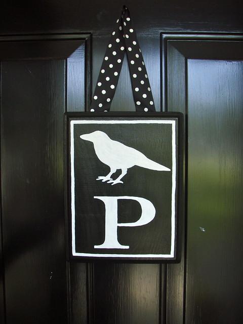 Halloween - monogrammed crow